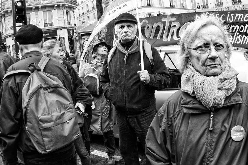 Paris - Labor day demonstration between Place de la République et Place Léon Blum 01-05-2015 #-36 (travaillée) N&B